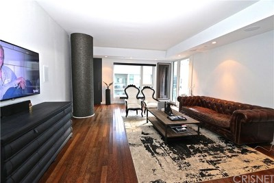 Hollywood Condo/Townhouse Active Under Contract: 6250 Hollywood Boulevard #8J