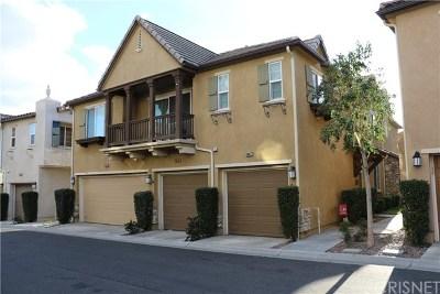 Saugus Condo/Townhouse Active Under Contract: 28425 Santa Rosa Lane