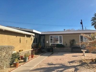 Lancaster Single Family Home For Sale: 730 W Avenue H11