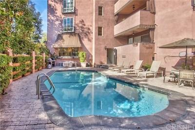 Studio City Condo/Townhouse For Sale: 4200 Laurel Canyon Boulevard #205