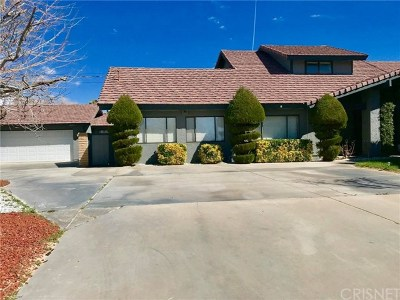 Lancaster, Palmdale Single Family Home For Sale: 42722 20th Street W