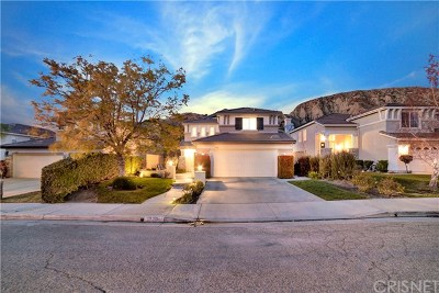Canyon Country Single Family Home For Sale: 17781 Maplehurst Place