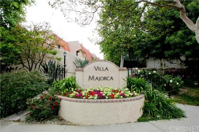 Woodland Hills Condo/Townhouse For Sale: 6245 Nita Avenue #1