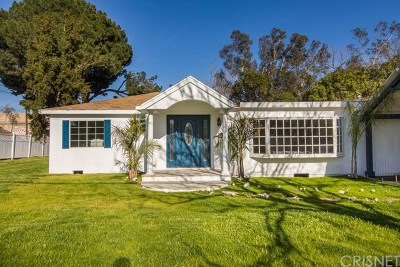 North Hills Single Family Home For Sale: 15652 Parthenia Street