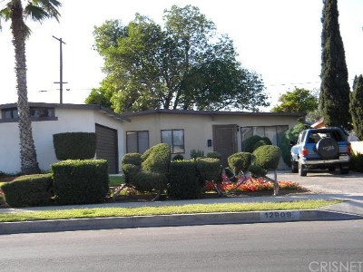 San Fernando Single Family Home For Sale: 12909 Vaughn Street