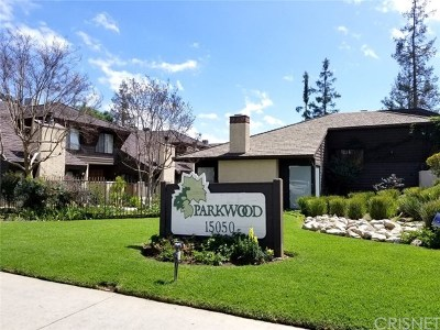 Van Nuys Condo/Townhouse For Sale: 15050 Sherman Way #146
