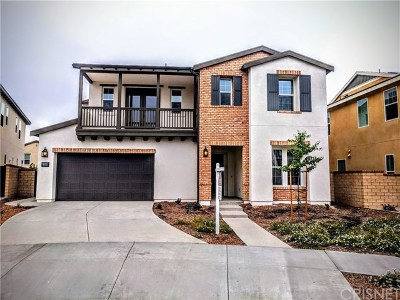 Saugus Single Family Home For Sale: 27688 Turnleaf Court