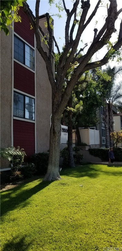 Reseda Condo/Townhouse For Sale: 19000 Sherman Way #11