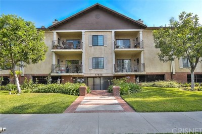 Van Nuys Condo/Townhouse For Sale: 17522 Sherman Way #207
