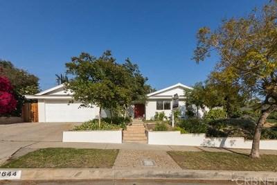 Granada Hills Single Family Home For Sale: 11644 Swinton Avenue