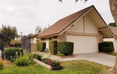 Valencia Single Family Home Active Under Contract: 22715 Garzota Drive