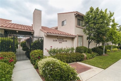 Chatsworth Condo/Townhouse For Sale: 10444 N Canoga Avenue N #13