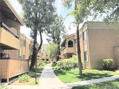 Canyon Country Condo/Townhouse For Sale: 18752 Mandan Street #1016