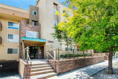 Studio City Condo/Townhouse For Sale: 13004 Valleyheart Drive #102