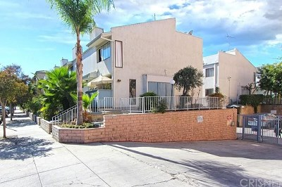 Van Nuys Condo/Townhouse For Sale: 7869 Ventura Canyon Avenue #402