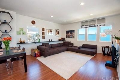 Lake Balboa Single Family Home Active Under Contract: 6840 De Celis Place #26
