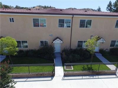 Sunland Condo/Townhouse For Sale: 9330 Sunland Boulevard #5