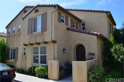 Castaic Condo/Townhouse For Sale: 31769 Paseo Feliz