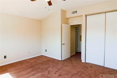 Palmdale Single Family Home For Sale: 38237 La Loma Avenue