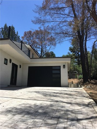 Sunland Single Family Home For Sale: 8024 Glenties Lane