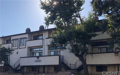 Sylmar CA Condo/Townhouse For Sale: $339,900