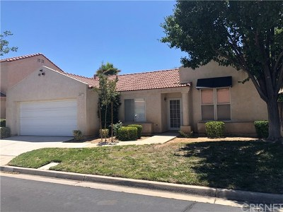 Palmdale Condo/Townhouse Active Under Contract: 40157 Casillo Road
