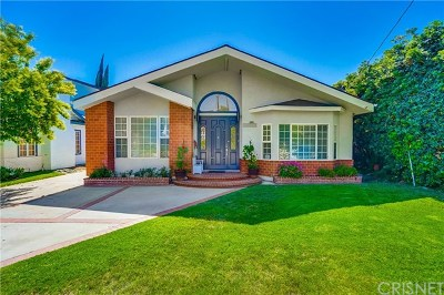 Valley Village Single Family Home Active Under Contract: 5129 Bluebell Avenue