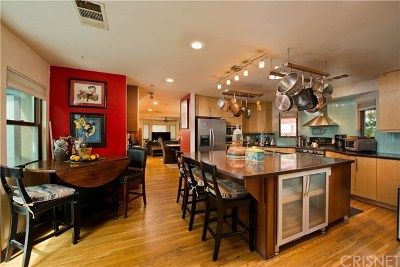 Burbank Single Family Home For Sale: 834 N Niagara Street