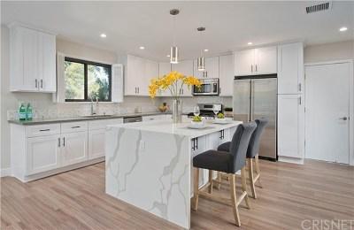 Woodland Single Family Home For Sale: 20417 Califa Street