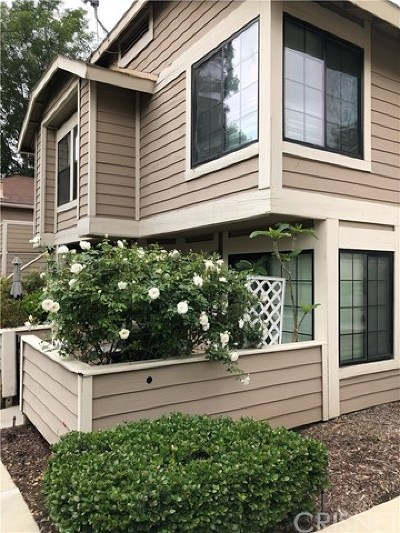 Lakeview Terrace Condo/Townhouse For Sale: 11350 Foothill Boulevard #6