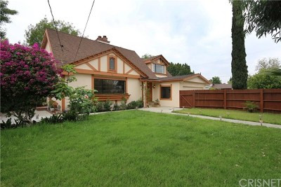 Valley Glen Single Family Home For Sale: 5621 Radford Avenue