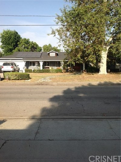 Lake Balboa Multi Family Home For Sale: 6638 Encino Avenue
