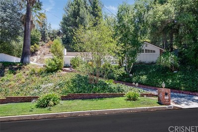 Encino Single Family Home For Sale: 3800 Hayvenhurst Avenue