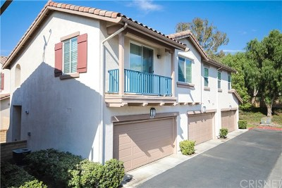 Valencia Condo/Townhouse For Sale: 24014 Cottage Circle Drive