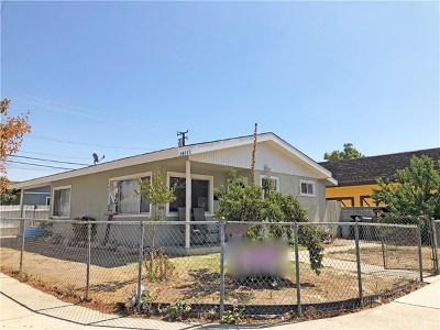 Newhall Single Family Home For Sale: 24372 Walnut Street