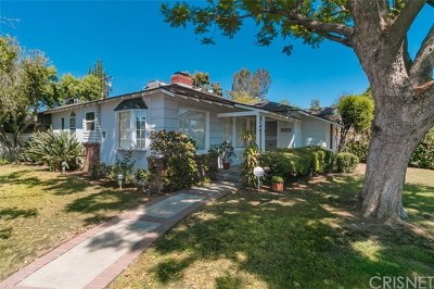 Valley Glen Single Family Home Active Under Contract: 5901 Colbath Avenue