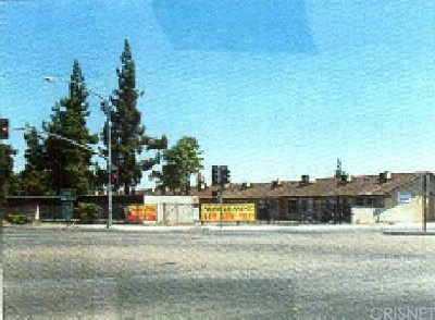 Fresno Multi Family Home For Sale: 4518 E Fountain Way