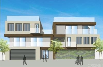 Van Nuys Multi Family Home For Sale: 13921 Vanowen Street