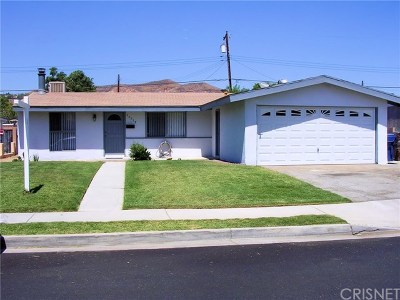Canyon Country Single Family Home For Sale: 19315 Newhouse Street