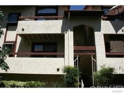 Canyon Country Condo/Townhouse For Sale: 27979 Sarabande Lane #250