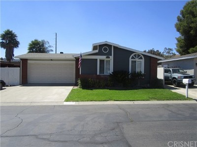 Castaic Single Family Home Active Under Contract: 31929 Emerald Lane