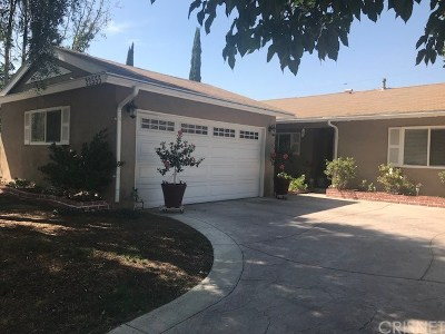 Saugus Single Family Home For Sale: 22555 Los Tigres Drive
