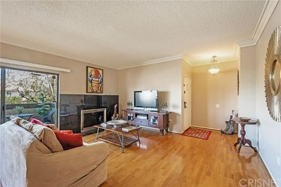 Sherman Oaks Condo/Townhouse For Sale: 14348 Burbank Boulevard #1