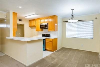 Sherman Oaks Condo/Townhouse For Sale: 13543 Moorpark Street #2