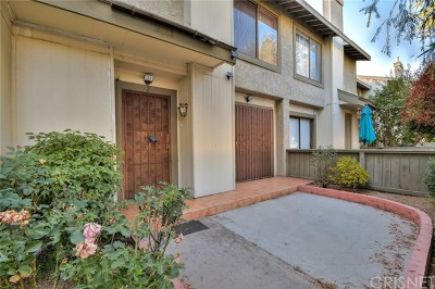 North Hills Condo/Townhouse For Sale: 9551 Sepulveda Boulevard #2