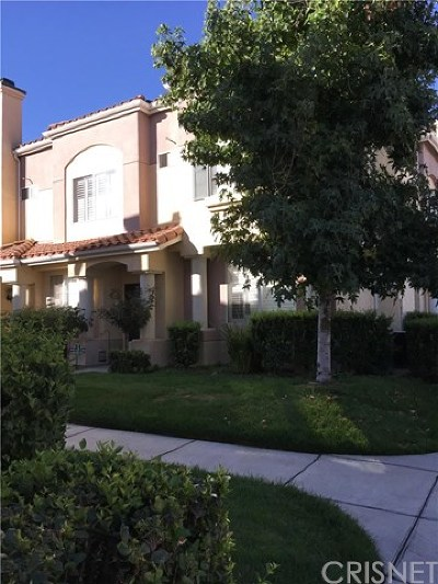 Canyon Country Condo/Townhouse For Sale: 18108 Flynn Drive #4308