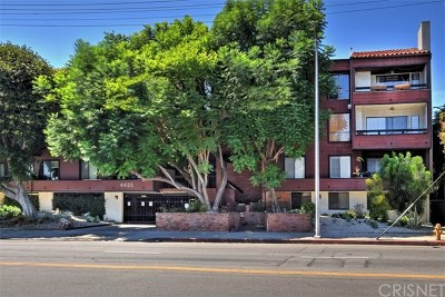Studio City Condo/Townhouse For Sale: 4425 Whitsett Avenue #218