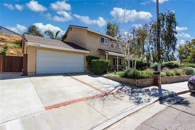 Canyon Country Single Family Home For Sale: 27532 Bernina Avenue