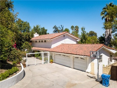 Woodland Hills Single Family Home For Sale: 24365 Clipstone Street