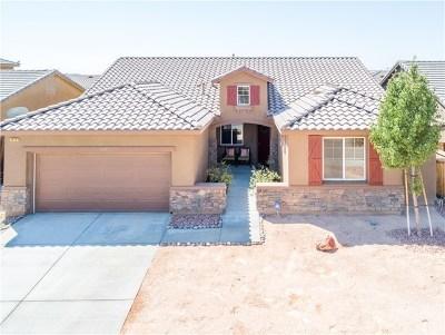 Rosamond Single Family Home For Sale: 3428 Stetson Avenue